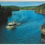 Cruise through the Wisconsin River