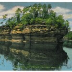 Lone Rock, Picturesque Wisconsin Dells -69
